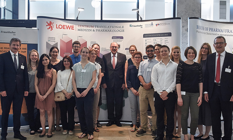 TRIP students meet the Hessians Health Minister Stefan Grüttner at the annual meeting of the House of Pharma