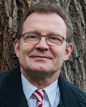 Prof. Dr. Manfred Schubert-Zsilavecz