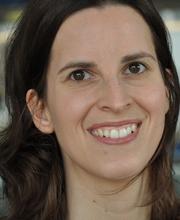 Dr. Christine V. Möser