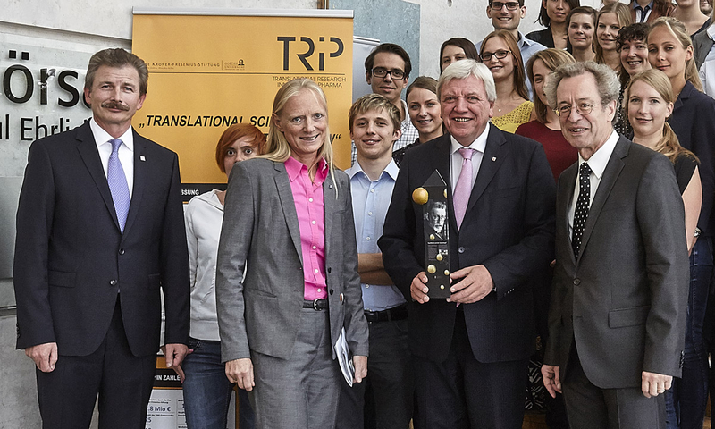Volker Bouffier, Prime Minister of the state of Hesse, and Prof. Birgitta Wolff, President of Goethe University, meet TRIP PhD students and supervisors